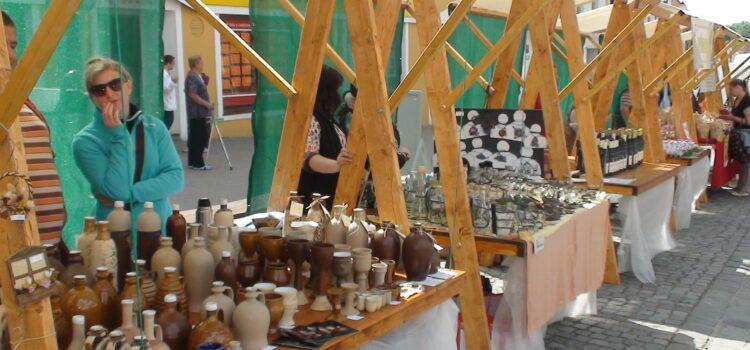 Řemeslný jarmark ve Slavkově